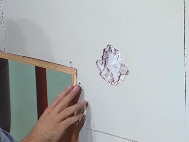 CFI102_drywall-repair-before_s4x3_lg