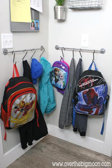 1435775631-1433442653-backpack-towel-bar