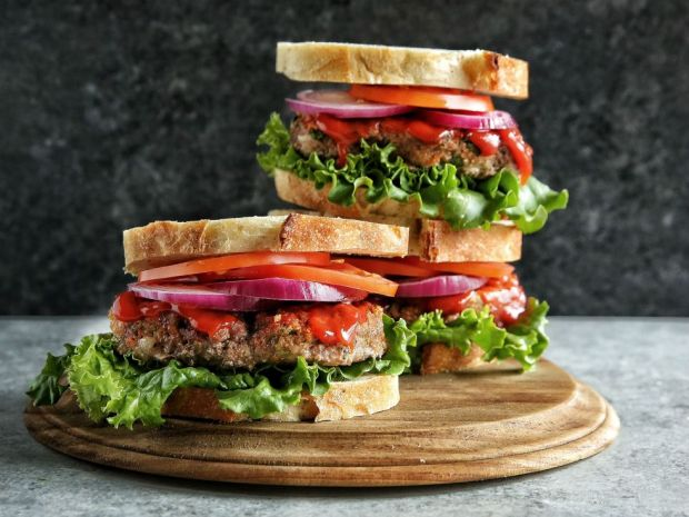 gallery-1463692459-meatloaf-sandwich-with-sriracha-ketchup-glazel1