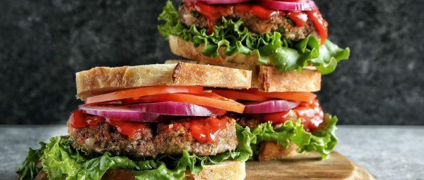 gallery-1463692459-meatloaf-sandwich-with-sriracha-ketchup-glazel1