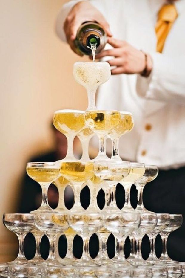 gallery-1482342885-new-years-eve-party-champagne-tower